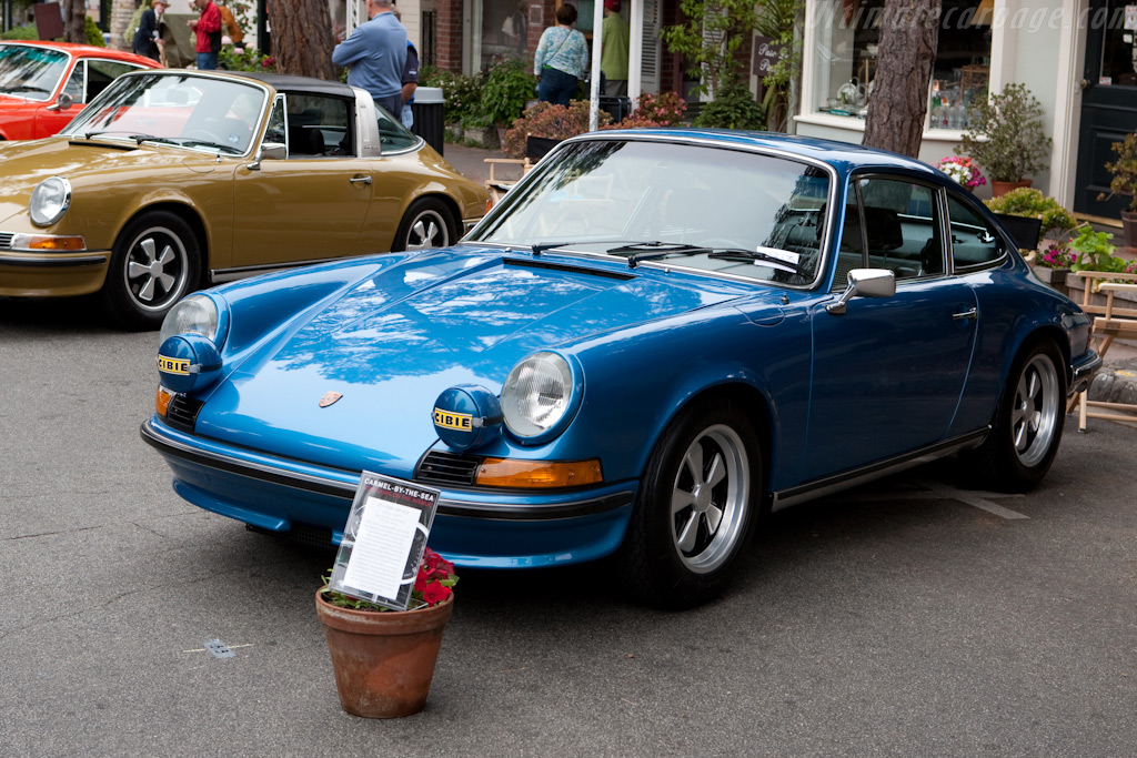 Porsche 911E    - 2009 Concours on the Avenue