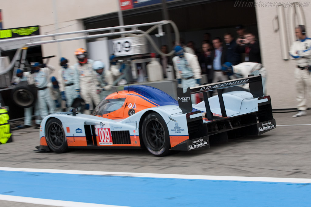 Aston Martin Racing stop - Chassis: B0960-HU01S   - 2010 Le Mans Series Castellet 8 Hours