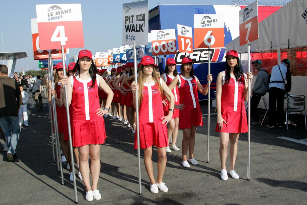 Grid Girls    - 2010 Le Mans Series Castellet 8 Hours
