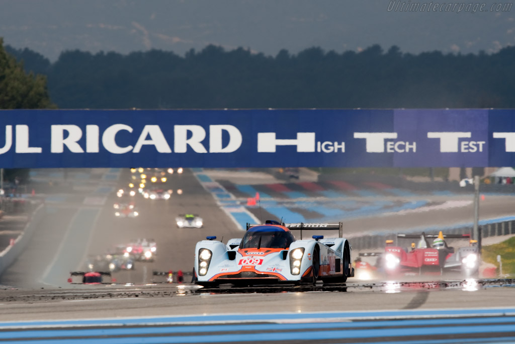 Off they go! - Chassis: B0960-HU01S   - 2010 Le Mans Series Castellet 8 Hours