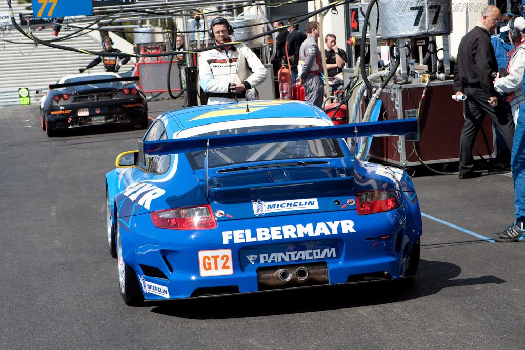 Porsche vs Ferrari - Chassis: WP0ZZZ99Z9S799918   - 2010 Le Mans Series Castellet 8 Hours