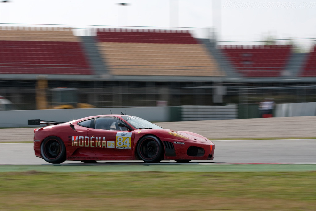 Garcia riding the curb - Chassis: 2636   - 2009 Le Mans Series Catalunya 1000 km