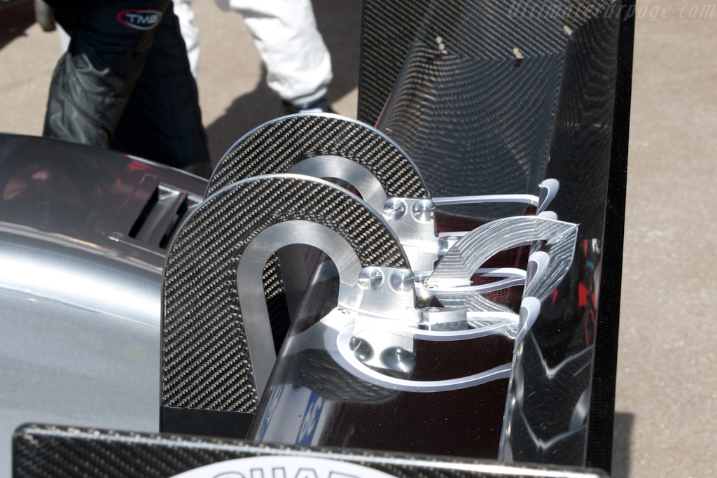 The R15 wing on the R10 - Chassis: 101   - 2009 Le Mans Series Catalunya 1000 km