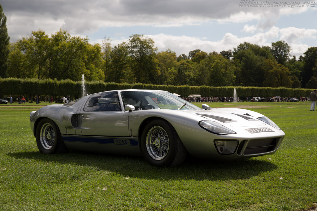 Ford GT40 - Chassis: GT40P/1013 - Entrant: Scuderia Blu ...