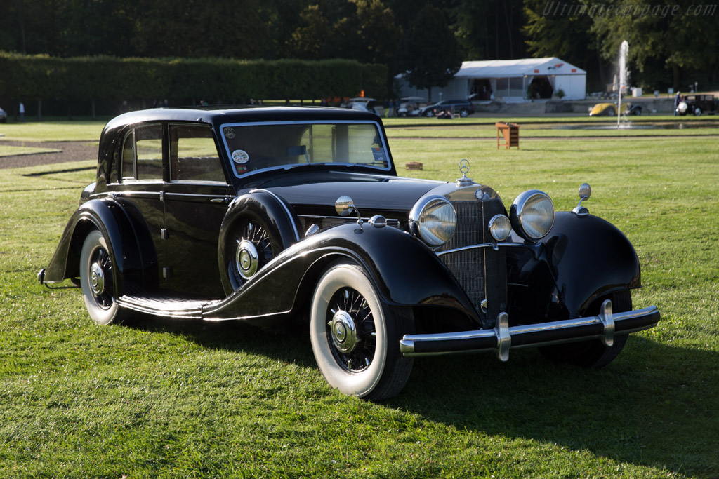 Mercedes benz 540 k freestone webb saloon entrant for Mercedes benz chantilly