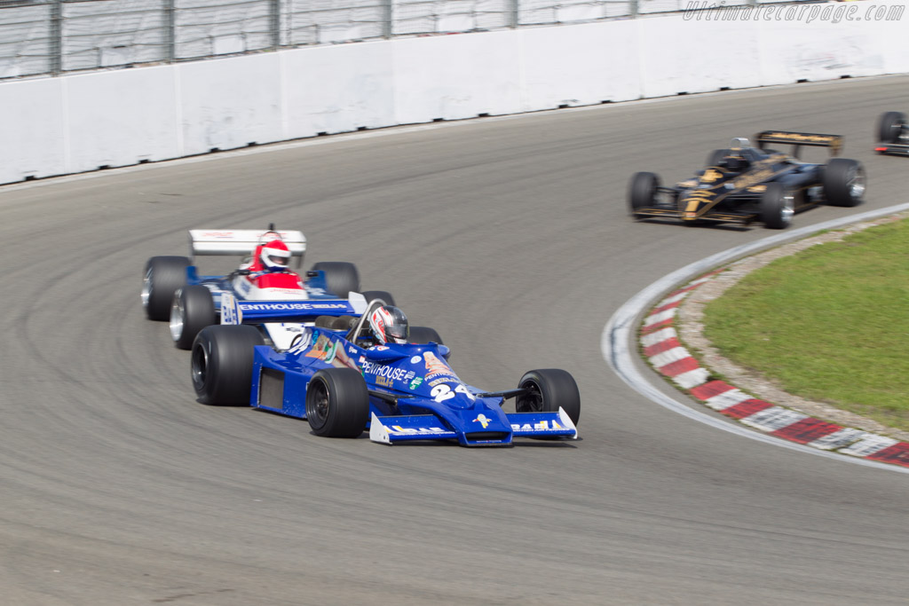 Hesketh 308E Cosworth - Chassis: 308E / 1 - Driver: Michael Lyons  - 2014 Historic Grand Prix Zandvoort
