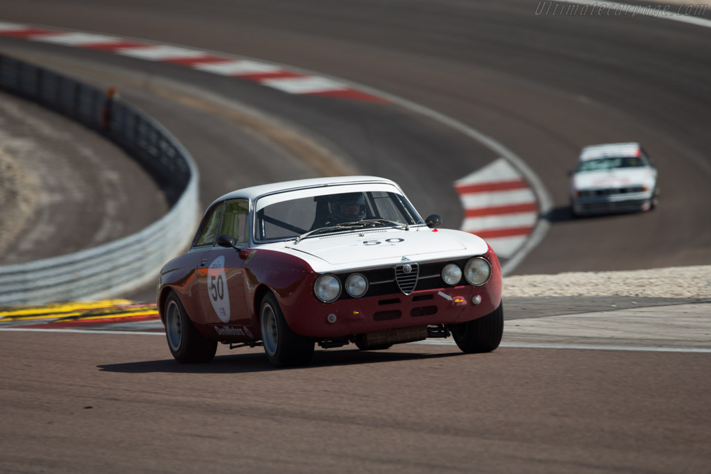 Alfa Romeo 1750 GTAm - Chassis: 1368261 - Driver: Lucien Guitteny  - 2014 Grand Prix de l'Age d'Or