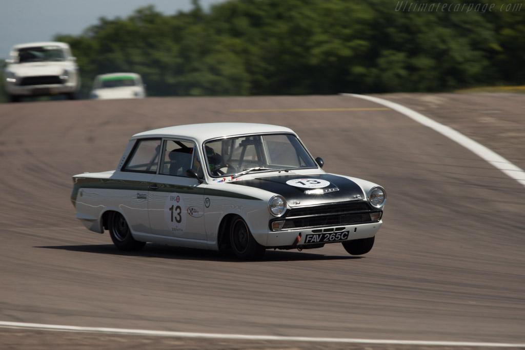 Lotus Cortina - Chassis: BA74EU50817 - Driver: Andy Wolfe  - 2014 Grand Prix de l'Age d'Or