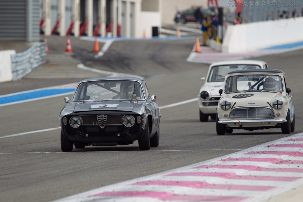 Alfa Romeo Giulia Sprint GT - Chassis: 617732 - Driver: Christophe van Riet / Eric Everard  - 2013 Dix Mille Tours