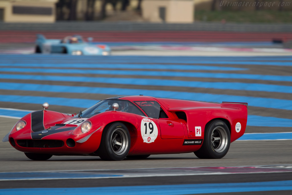 Lola T70 Mk3 Coupe - Chassis: SL73/110 - Driver: Bernard Thuner  - 2013 Dix Mille Tours