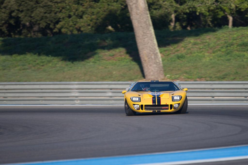 Ford GT40 - Chassis: GT40P/1027 - Driver: Christian Dumolin / Christophe van Riet  - 2014 Dix Mille Tours