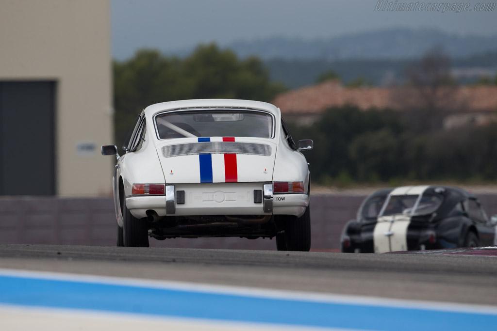 Porsche 911 - Chassis: 301085 - Driver: David Huxley / David Clark  - 2016 Dix Mille Tours