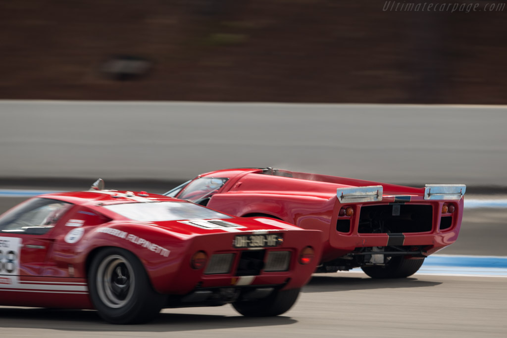 Lola T70 Mk3 Coupe - Chassis: SL73/110 - Driver: Bernard Thuner  - 2017 Dix Mille Tours