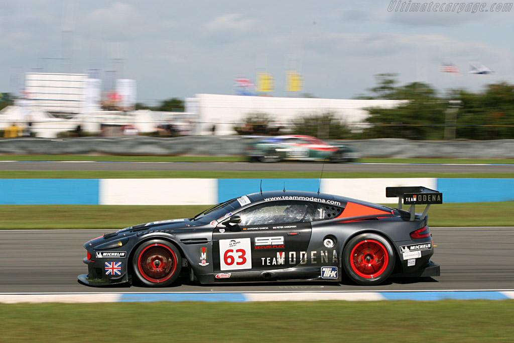 Aston Martin DBR9 - Chassis: DBR9/4 - Entrant: Team Modena  - 2006 Le Mans Series Donnington 1000 km