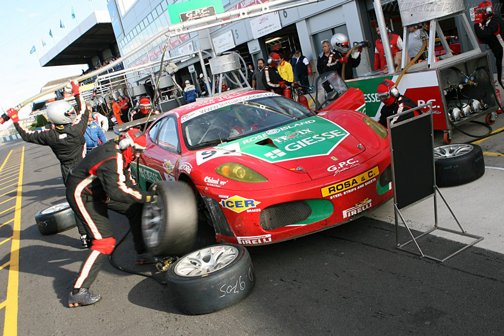 Fuel and fresh rubber - Chassis: 2402 - Entrant: GPC Sport  - 2006 Le Mans Series Donnington 1000 km