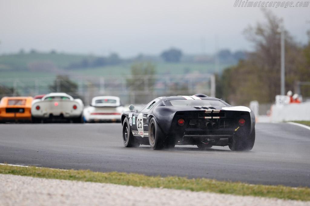 Ford GT40 - Chassis: GT40P/1088 - Driver: Patrick Hautot  - 2018 Espiritu de Montjuic