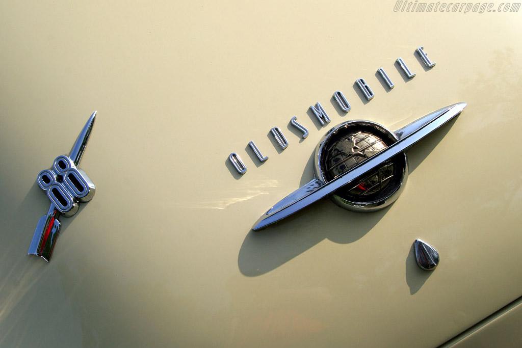 Oldsmobile 88 Sedanette    - 2006 EyesOn Design