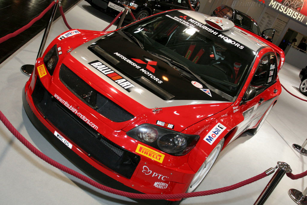 Mitsubishi Evolution WRC    - 2005 Essen Motor Show