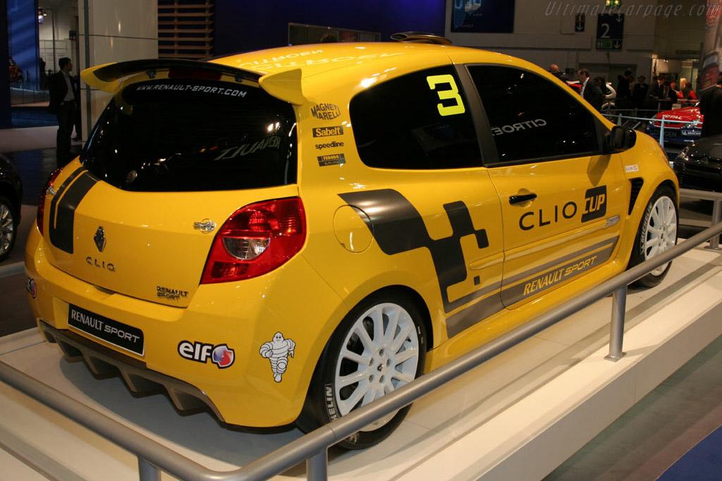 Renault Clio Cup    - 2005 Essen Motor Show