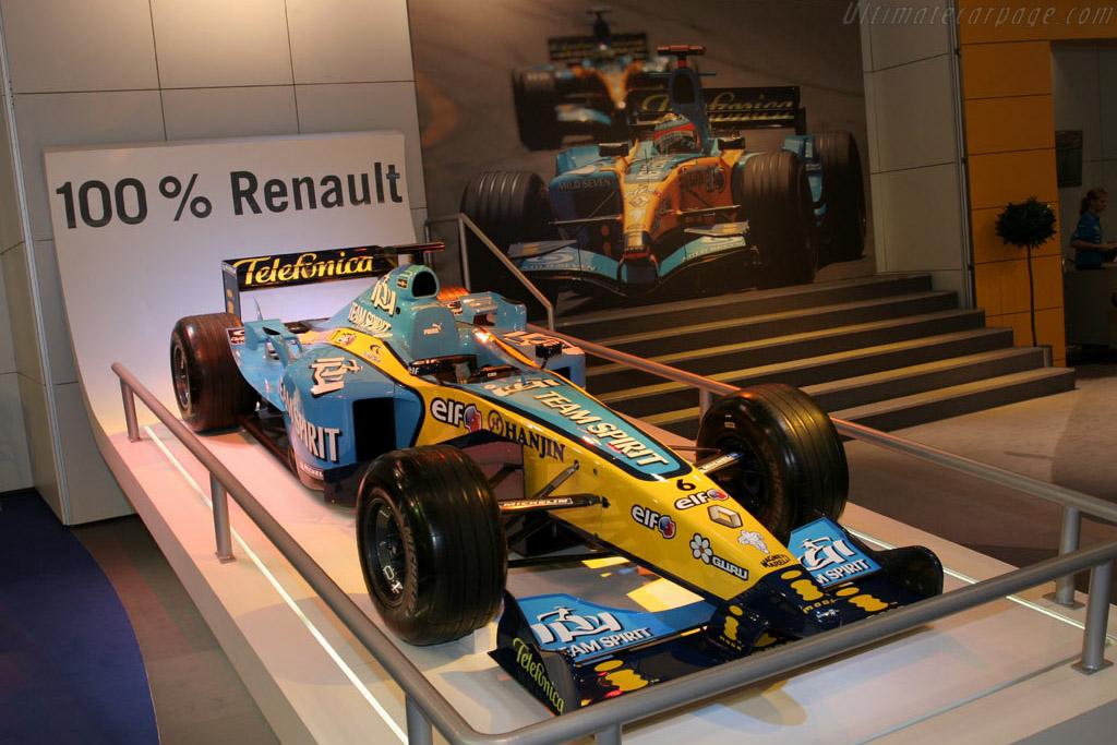 Renault R25    - 2005 Essen Motor Show