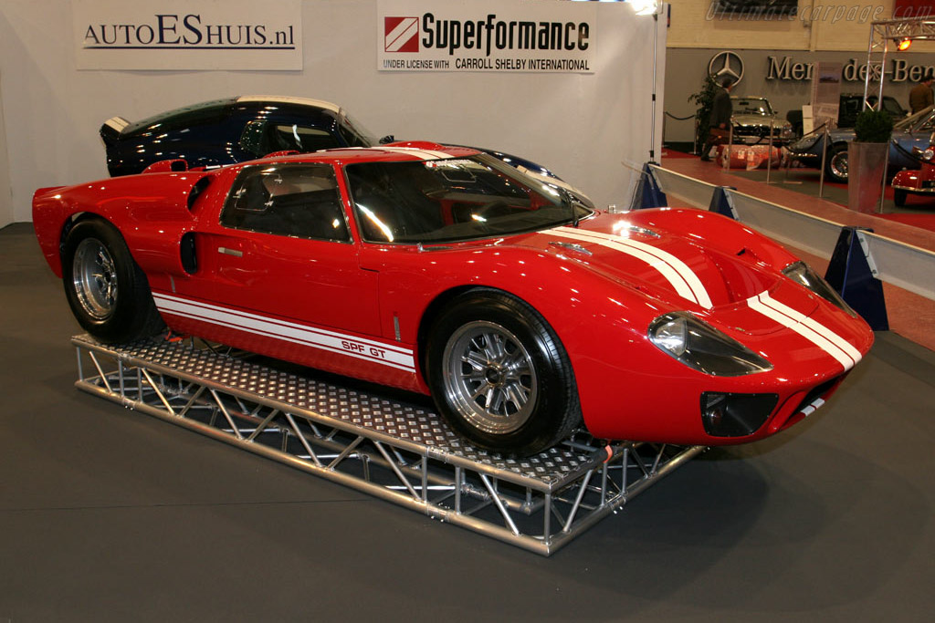 Superformance GT Mk II    - 2005 Essen Motor Show