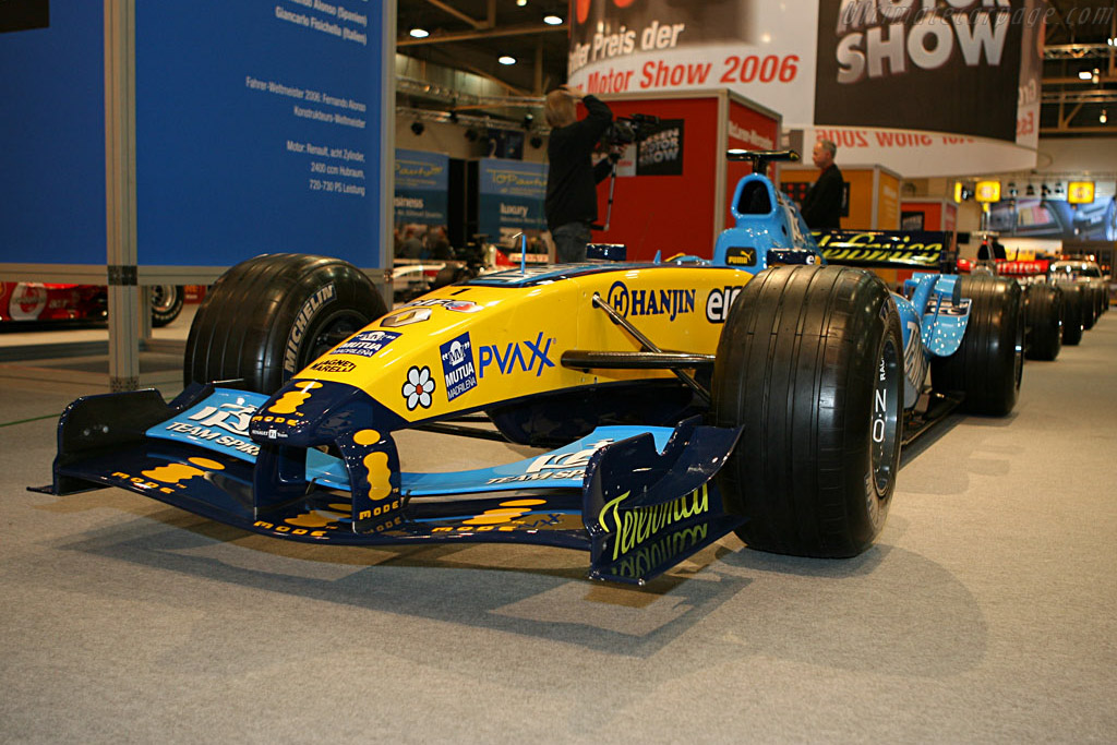 Renault R26    - 2006 Essen Motor Show