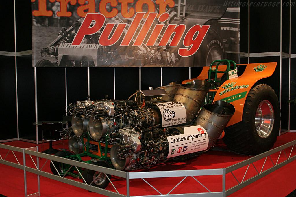 Tractor Pulling    - 2006 Essen Motor Show