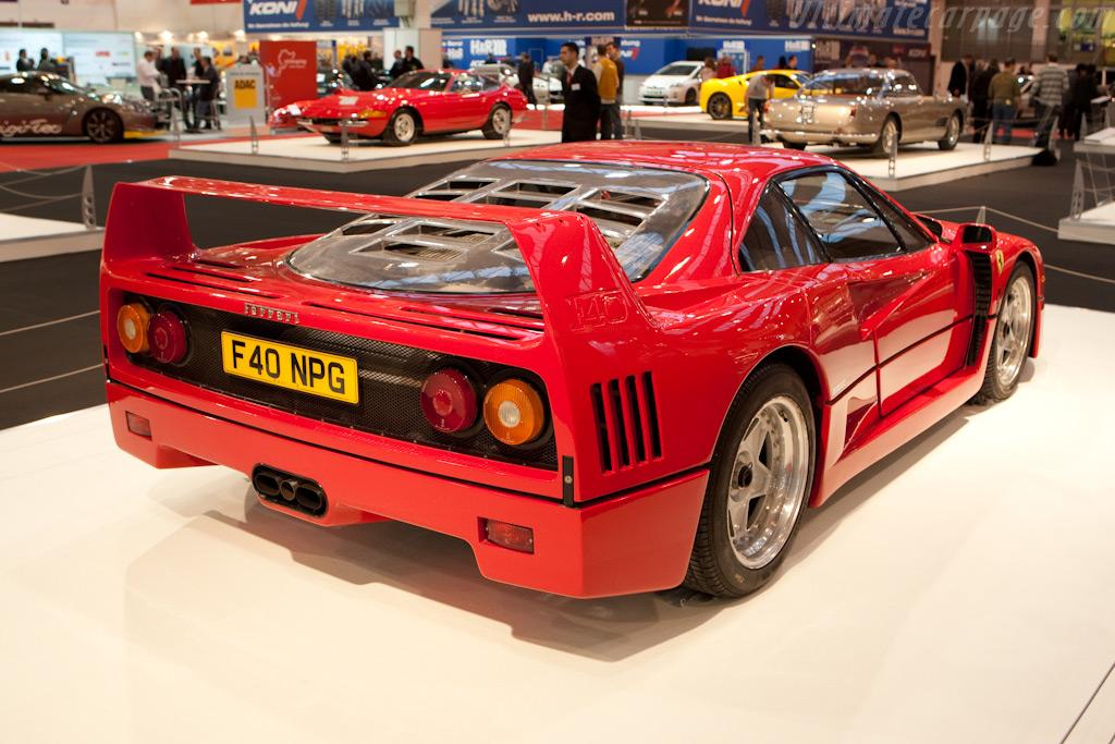 Ferrari F40    - 2009 Essen Motor Show
