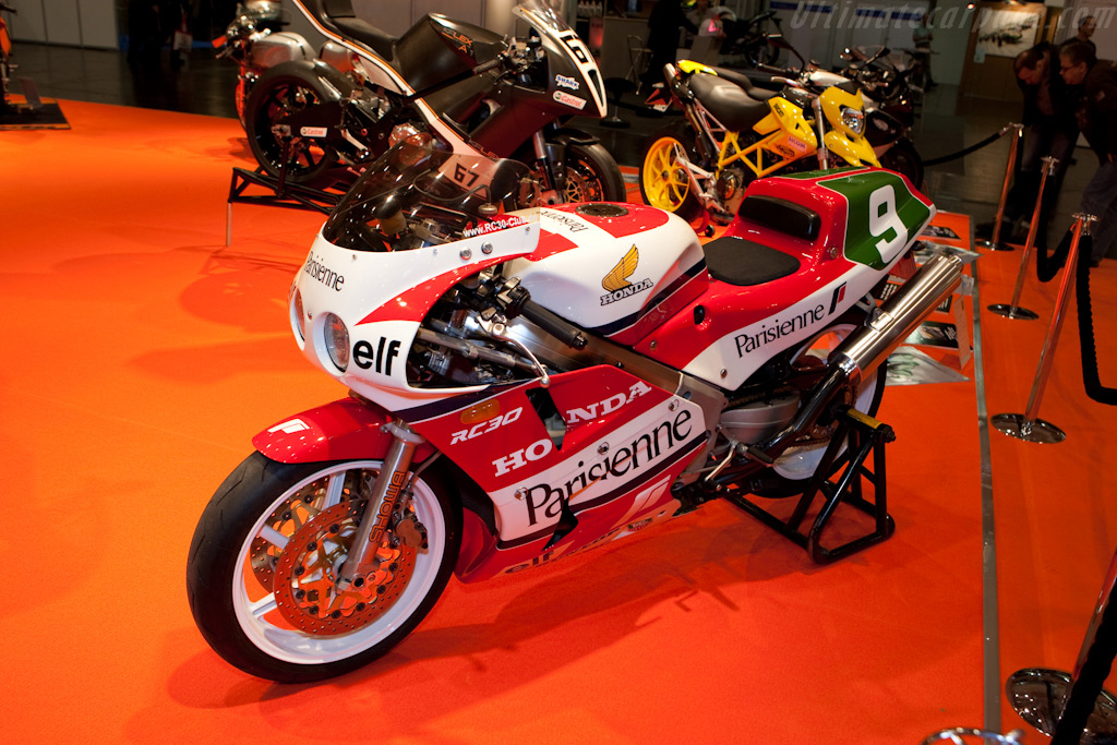 Honda    - 2009 Essen Motor Show