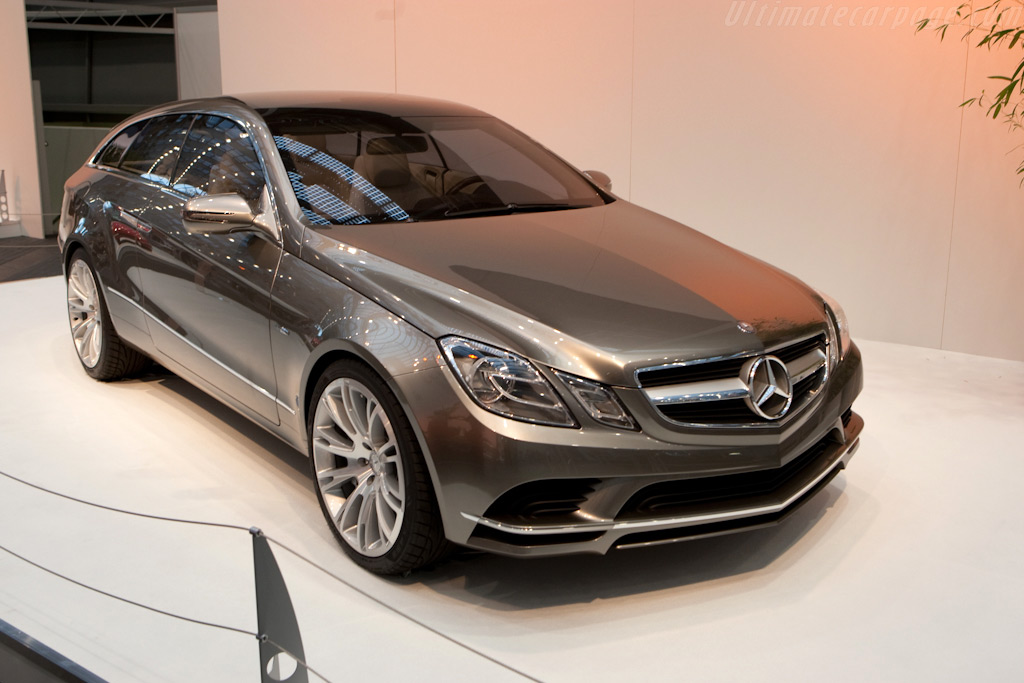 Mercedes-Benz Concept Fascination    - 2009 Essen Motor Show
