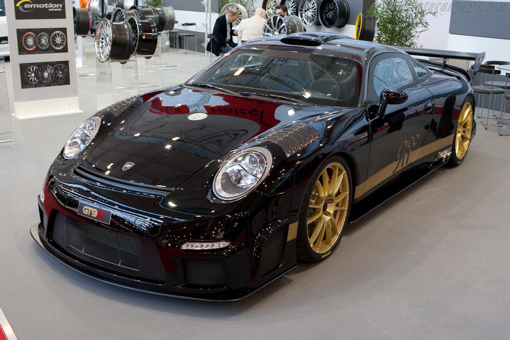 9ff GT9R    - 2010 Essen Motor Show