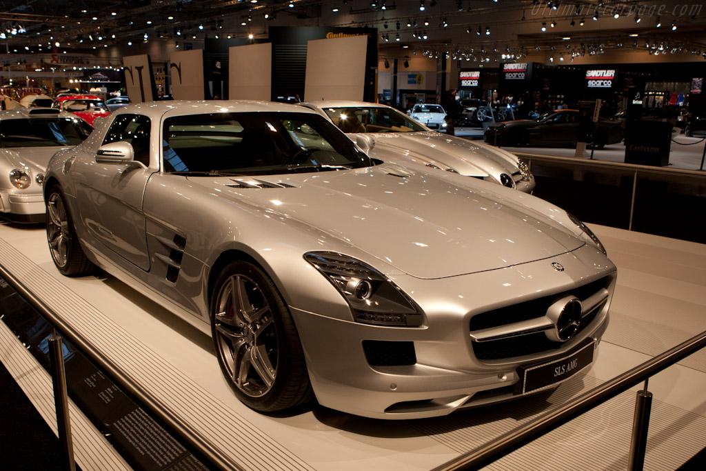Mercedes-Benz SLS AMG    - 2010 Essen Motor Show