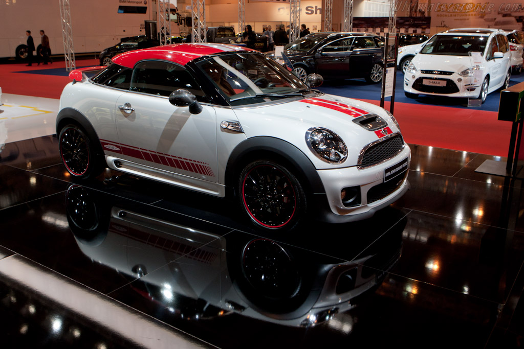 MINI JCW Coupe    - 2011 Essen Motor Show