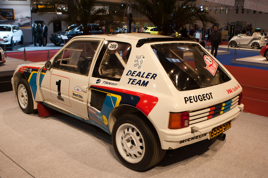 Peugeot 205 T16 Group B    - 2011 Essen Motor Show