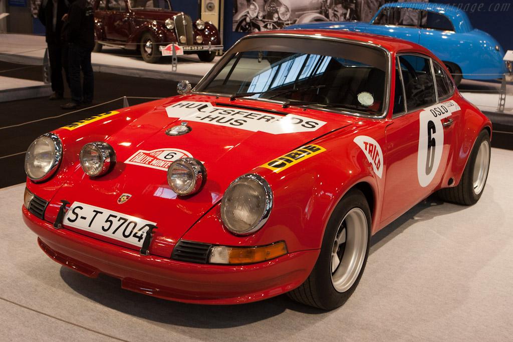 Porsche 911 S    - 2011 Essen Motor Show