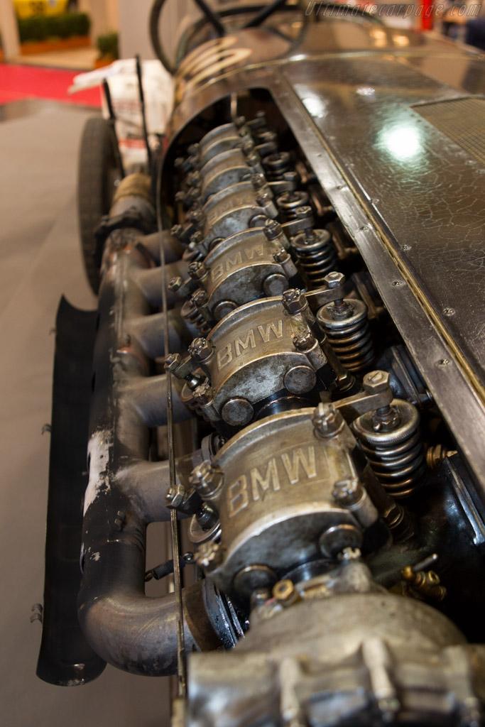 Brutus    - 2013 Essen Motor Show
