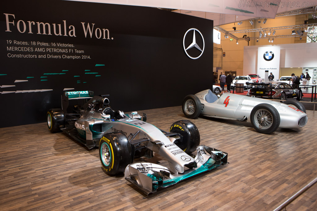 2014 essen motor show report and 100 shot gallery for What does a motor vehicle report show
