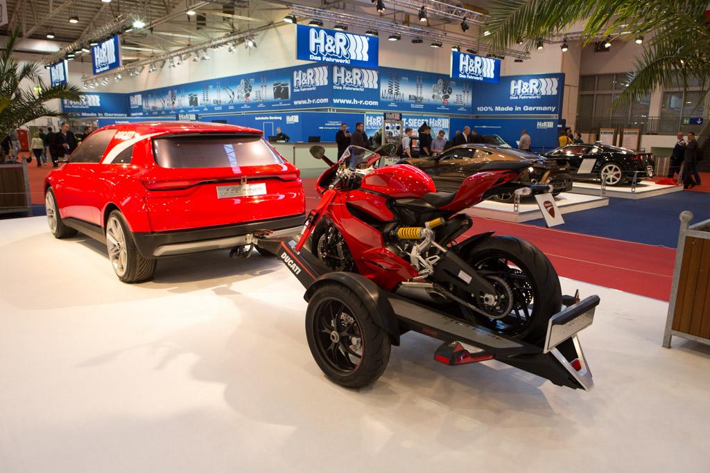 Italdesign Clipper    - 2014 Essen Motor Show