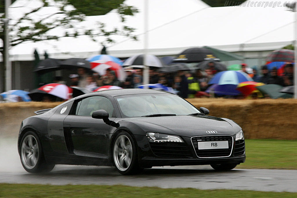 Audi R8    - 2007 Goodwood Festival of Speed