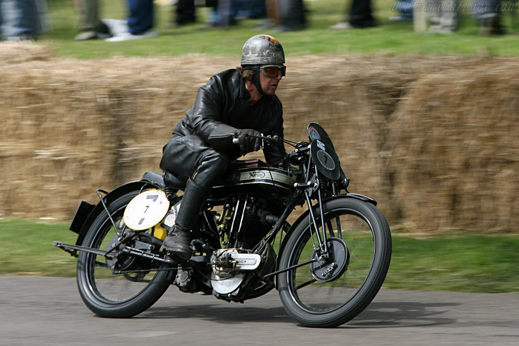 Norton Twin    - 2007 Goodwood Festival of Speed