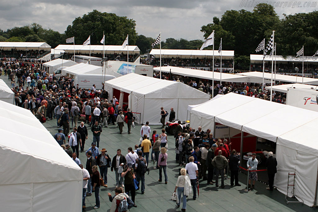 The F1 Paddock    - 2007 Goodwood Festival of Speed