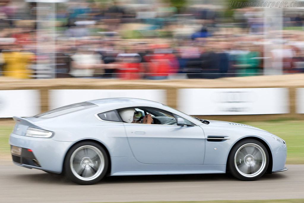 Aston Martin V12 Vantage    - 2008 Goodwood Festival of Speed