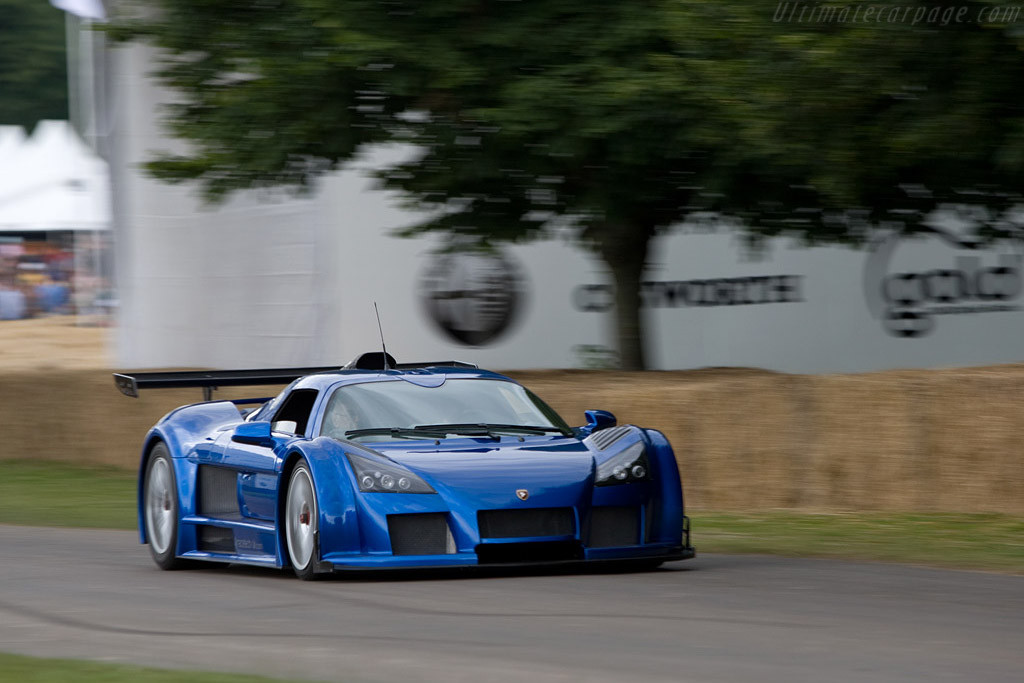 Gumpert Apollo    - 2008 Goodwood Festival of Speed