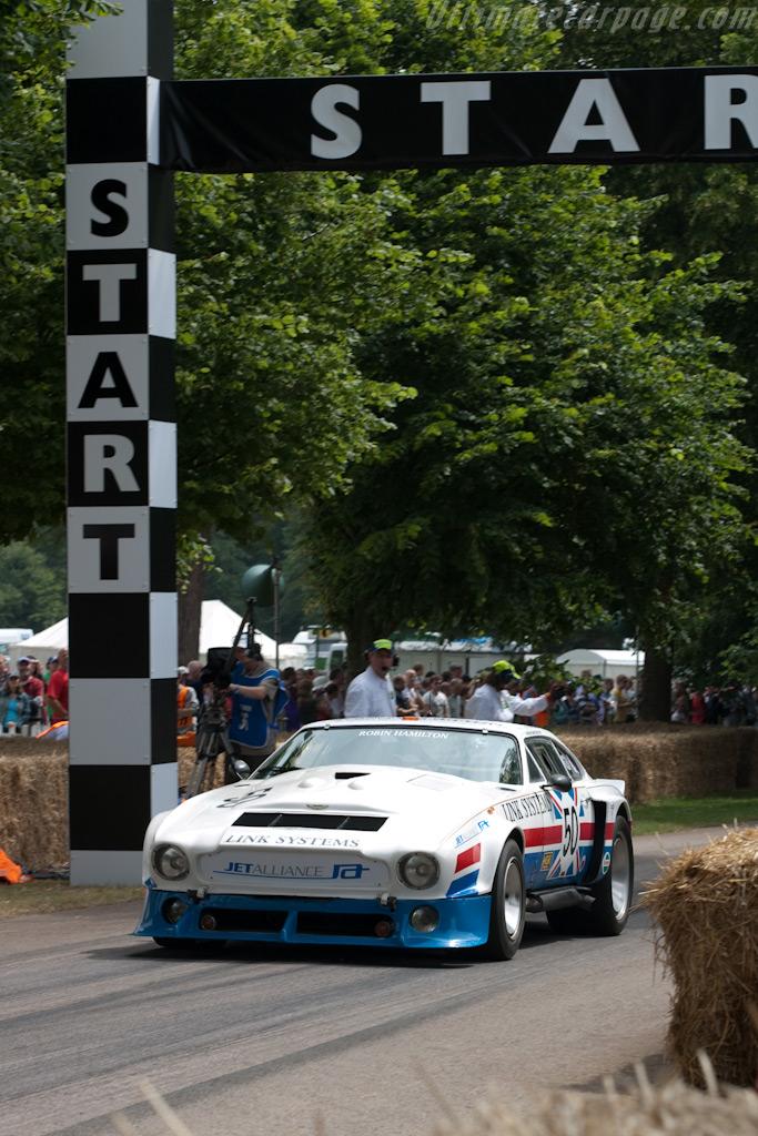 Aston Martin V8    - 2009 Goodwood Festival of Speed