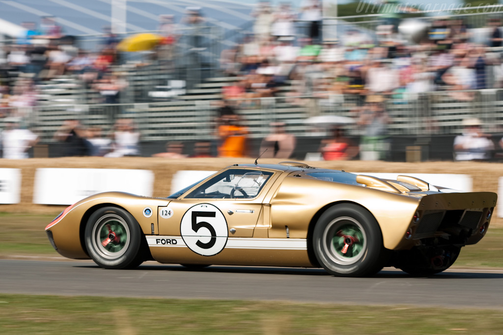Ford GT40 Mk II - Chassis: GT40P/1016 - Driver: Claude Nahum  - 2009 Goodwood Festival of Speed