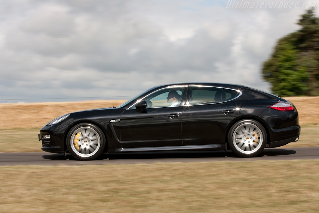 Porsche Panamera S    - 2009 Goodwood Festival of Speed