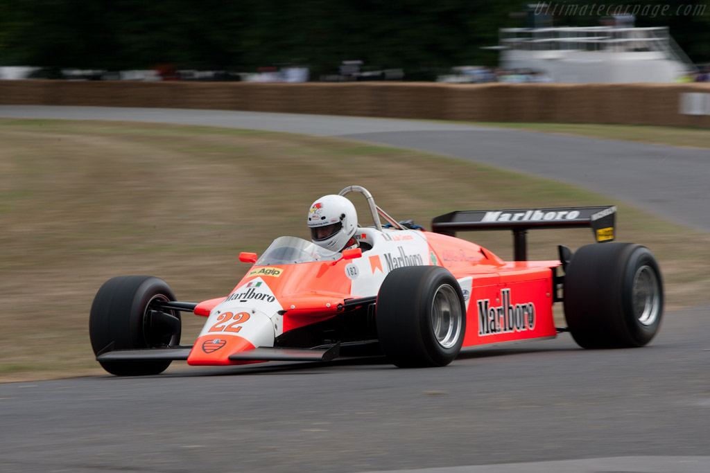 Alfa Romeo 182 F1 - Chassis: 182/06   - 2010 Goodwood Festival of Speed