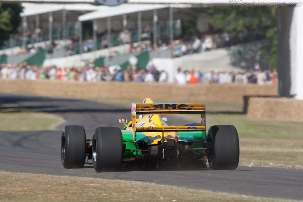 Benetton B192 Ford - Chassis: B192-8 - Driver: Lorina McLaughlin  - 2010 Goodwood Festival of Speed