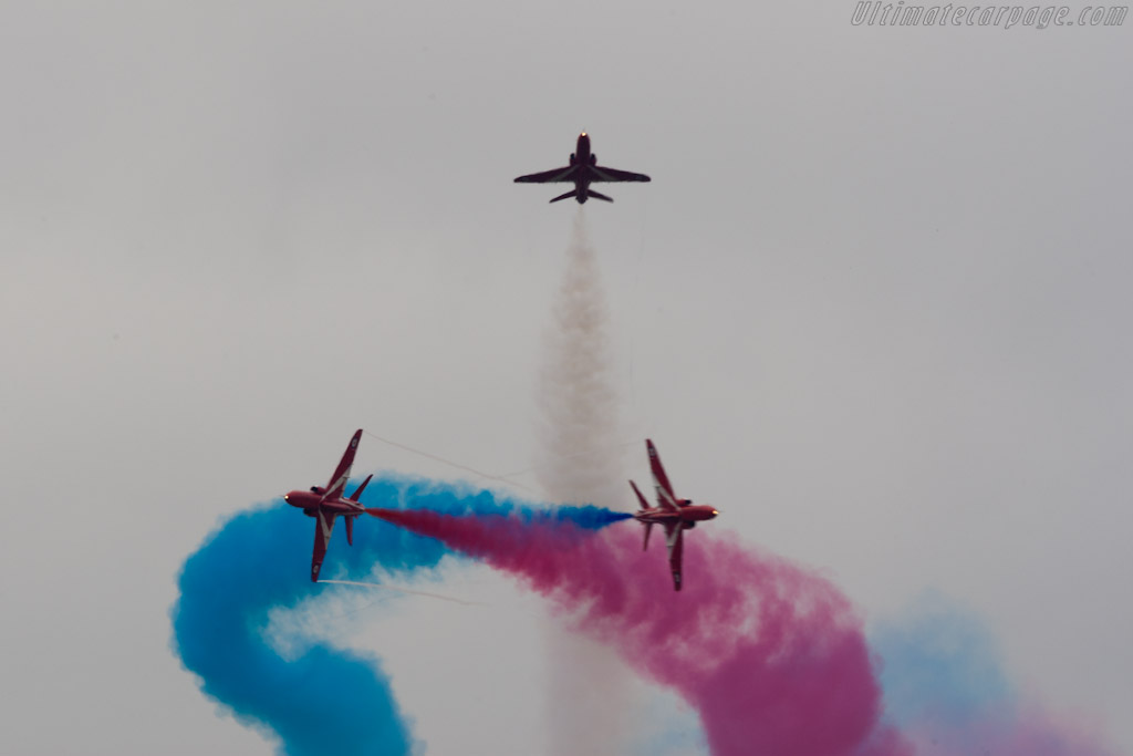 Red Arrows    - 2010 Goodwood Festival of Speed