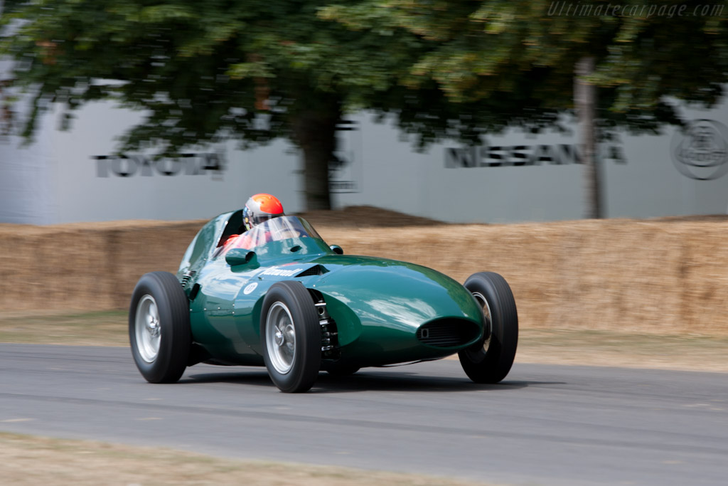 Vanwall - Chassis: VW9 - Entrant: The Donnington Collection - Driver: Rick Hall  - 2010 Goodwood Festival of Speed